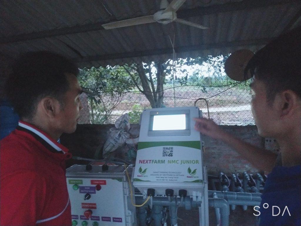 máy châm phân dinh dưỡng tự động