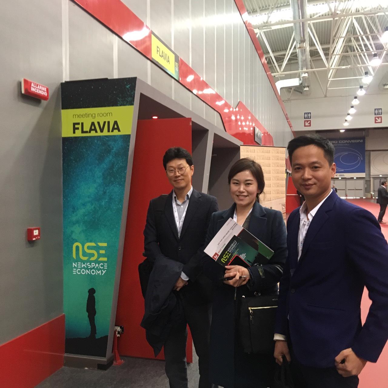 CEO Nextfarm và đại diện Quỹ đầu tư Kiwoo Investment của Hàn Quốc