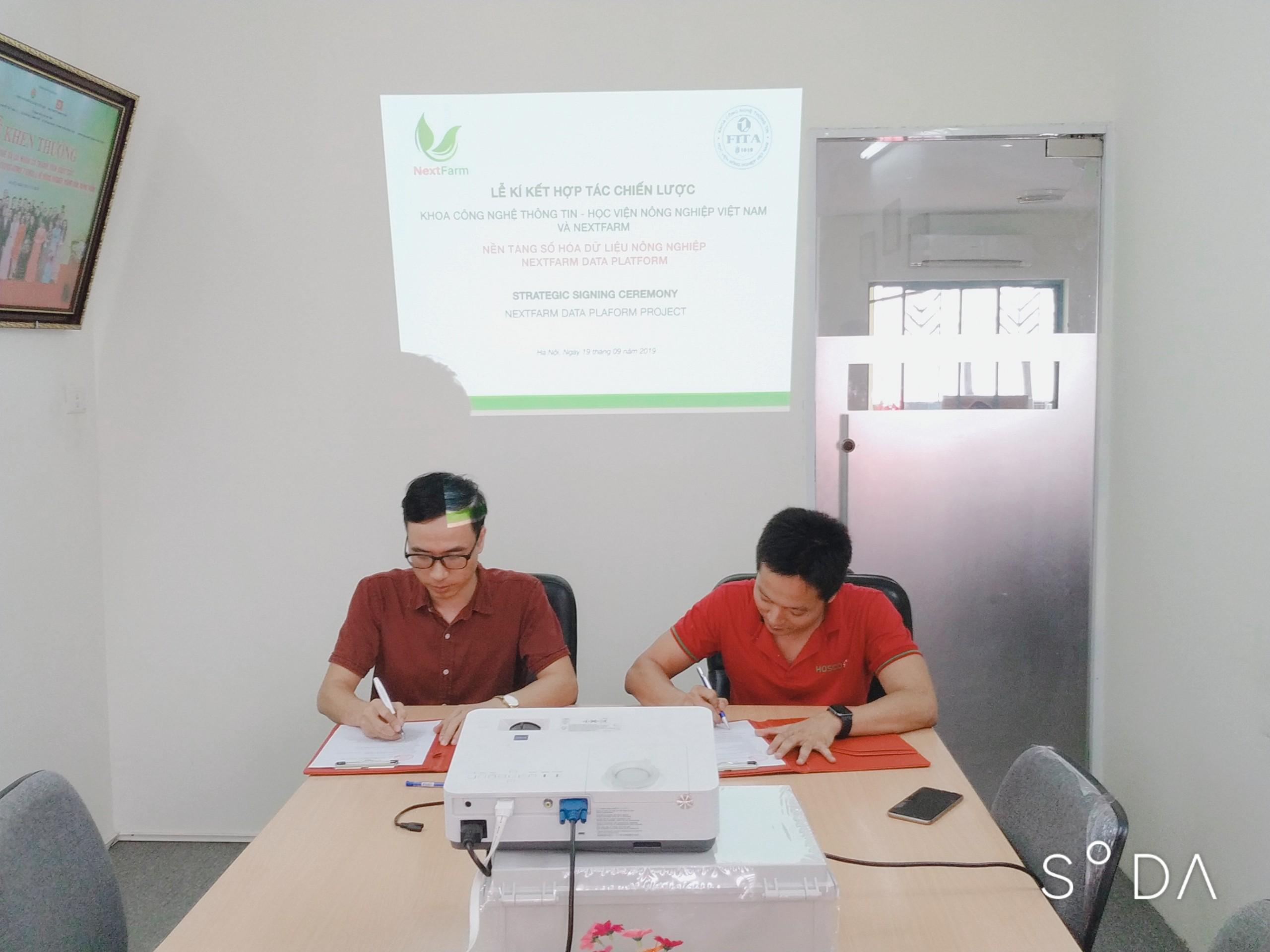 Nextfarm chính thức kí hợp đồng hợp tác chiến lược với Khoa Công nghệ thông tin Học viện Nông nghiệp Việt Nam cùng xây dựng việc số hóa dữ liệu Nông nghiệp trên nền tảng Nextfarm Data Platform